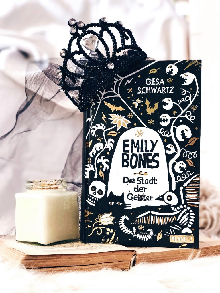 Rezension  Gesa Schwartz – Emily Bones: Die Stadt der Geister