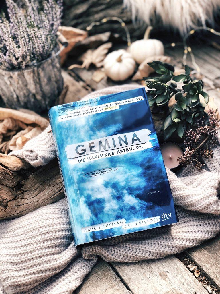 Rezension Jay Kristoff & Amie Kaufmann – Gemina: Die Illuminae-Akten_02