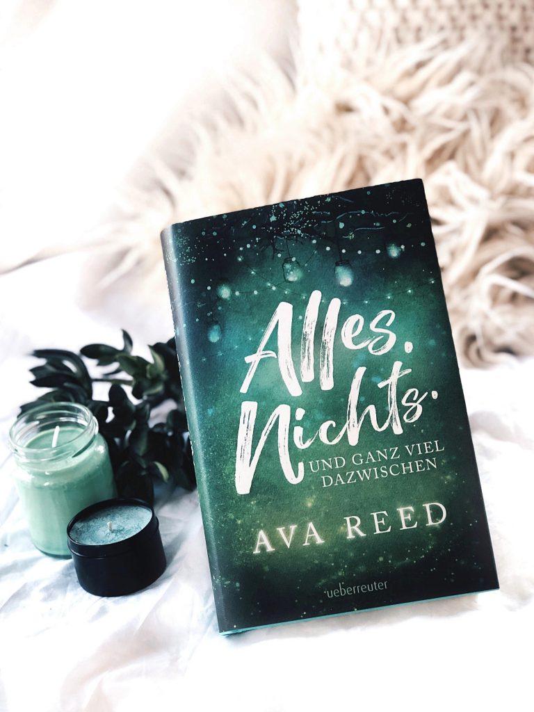 Rezension  Ava Reed – Alles. Nichts. Und ganz viel dazwischen