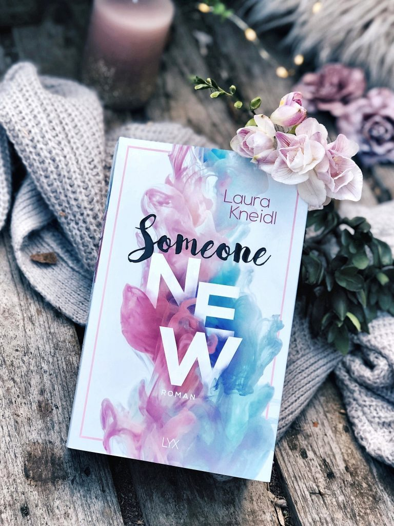 Rezension Laura Kneidl – Someone New