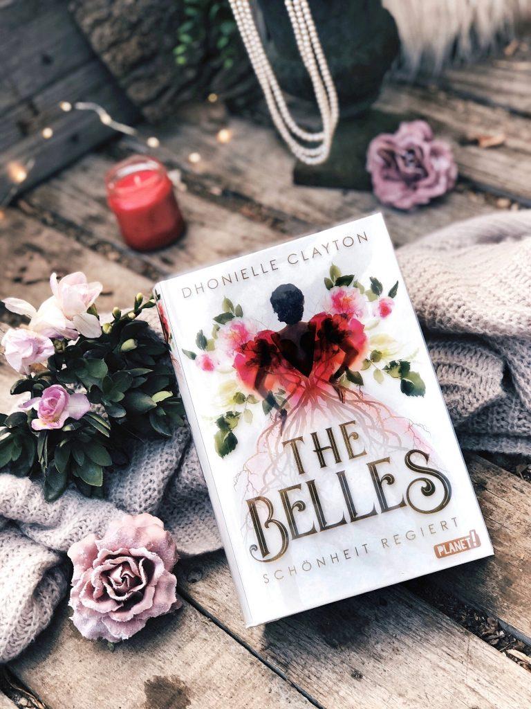 Rezension Dhonielle Clayton – The Belles: Schönheit regiert