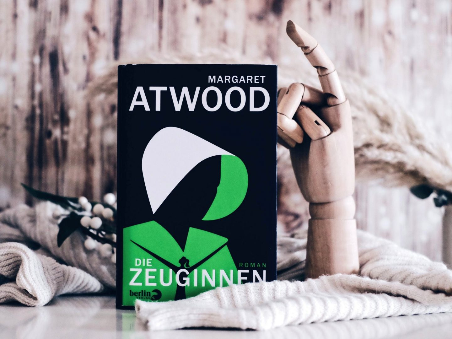 Rezension Margaret Atwood – Die Zeuginnen