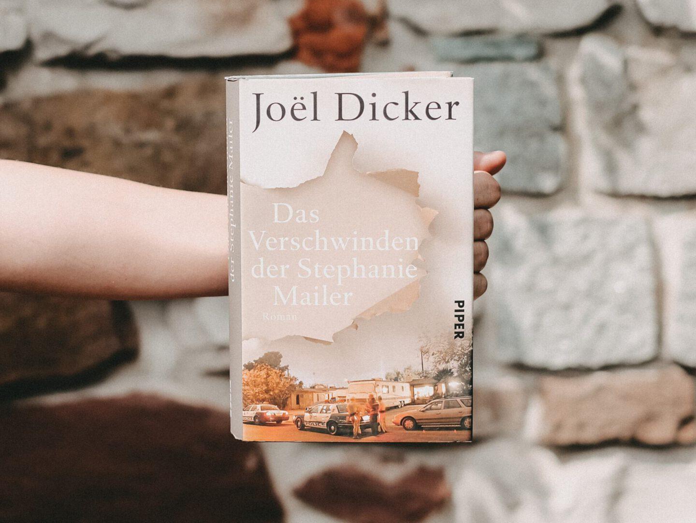 Rezension Joël Dicker – Das Verschwinden der Stephanie Mailer