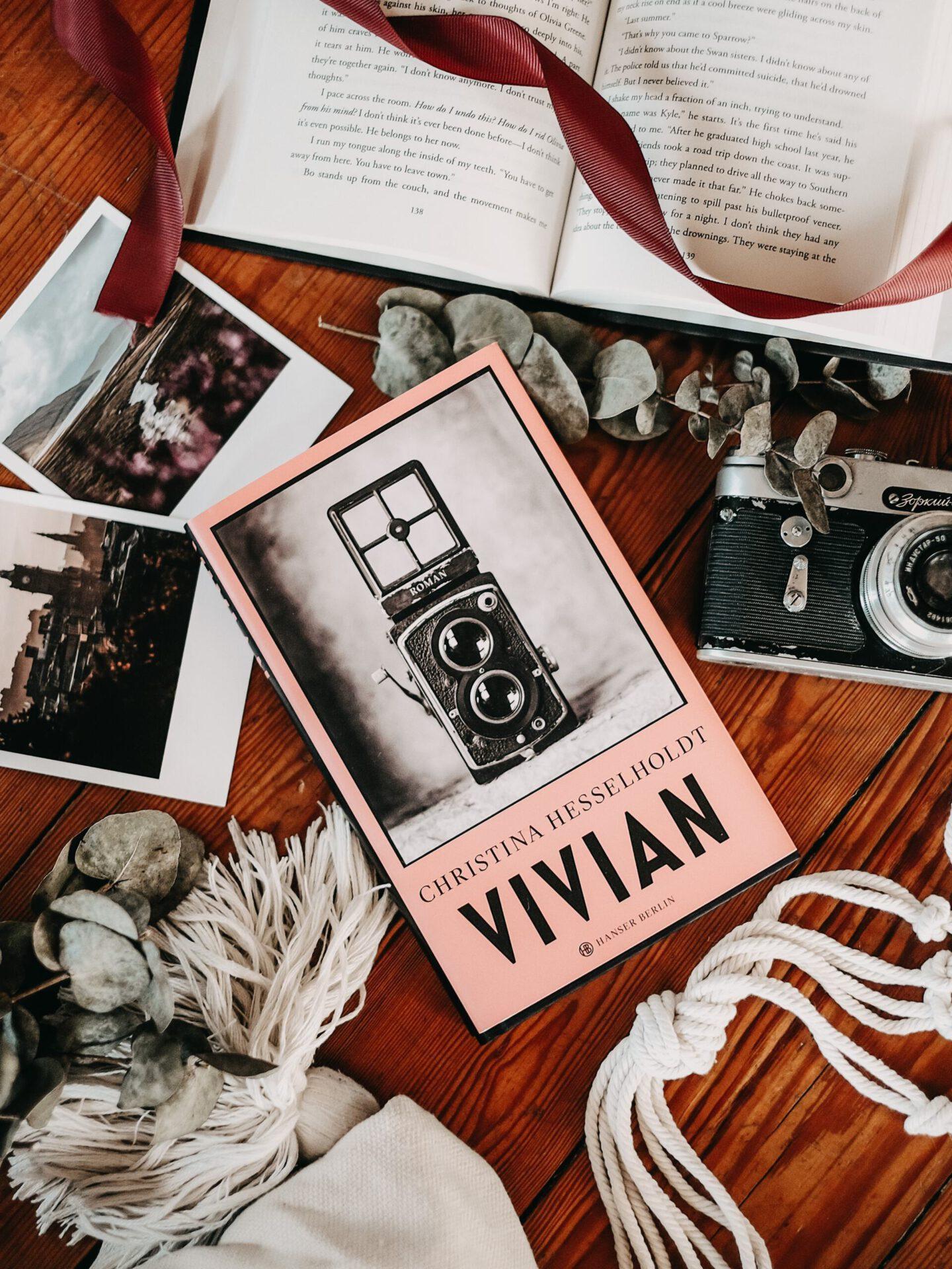 Rezension Christina Hesselholdt – Vivian